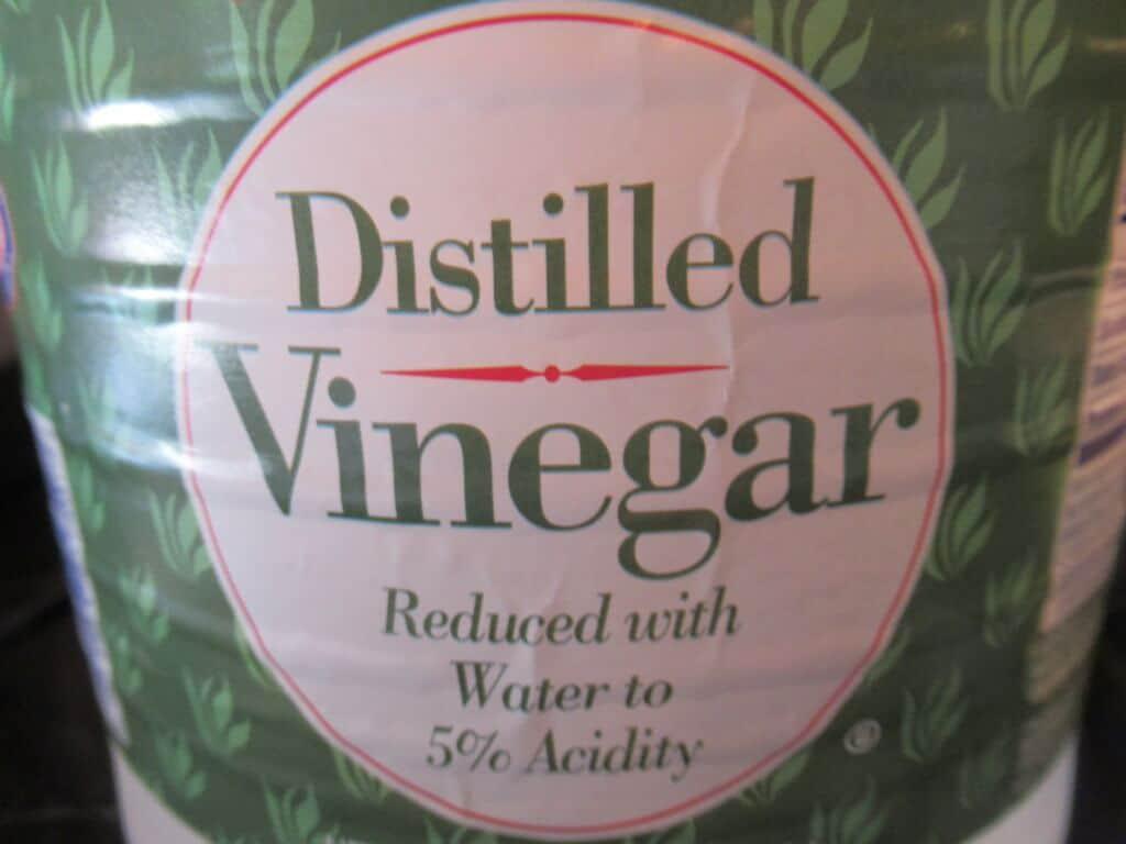 Distilled white vinegar