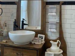 Farmhouse antique bathroom vanity