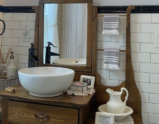 Farmhouse antique bathroom vanity